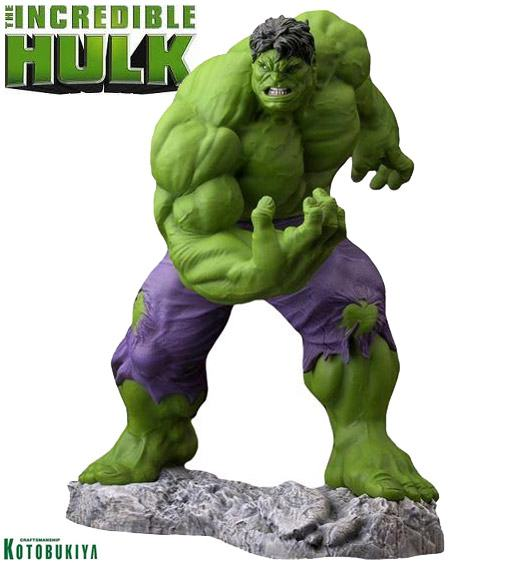 Hulk-Classic-Avengers-Fine-Art-Statue-01