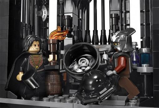 LEGO-The-Tower-of-Orthanc-06
