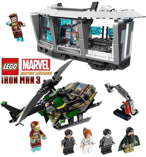 Lego-Iron-Man-3-Malibu-Mansion-Attack-01