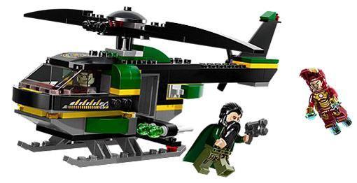 Lego-Iron-Man-3-Malibu-Mansion-Attack-03