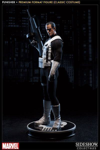 Punisher-Classic-Costume-Premium-Format-Figure-01