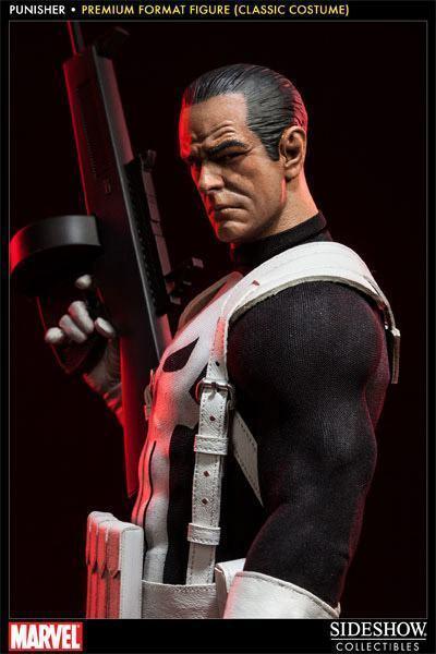 Punisher-Classic-Costume-Premium-Format-Figure-02