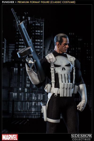 Punisher-Classic-Costume-Premium-Format-Figure-03
