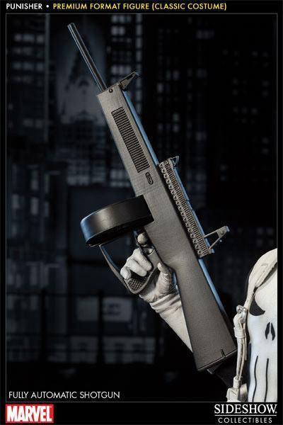 Punisher-Classic-Costume-Premium-Format-Figure-05