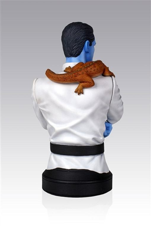 Star-Wars-Grand-Admiral-Thrawn-Mini-Bust-07