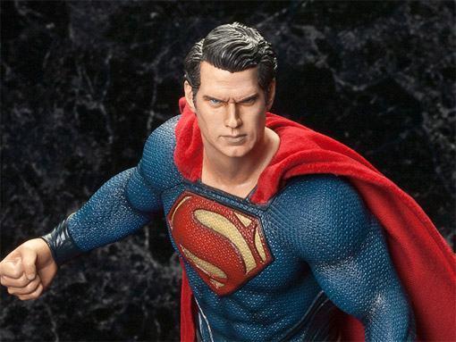 Superman-Man-of-Steel-ArtFX-Statue-02