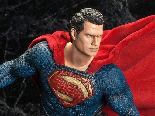 Superman-Man-of-Steel-ArtFX-Statue-03