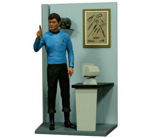 Dr-McCoy-HCG-Exclusive-Statue-02