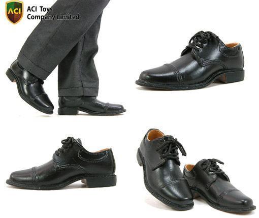 Sapatos-Escala-16-Action-Figures-06