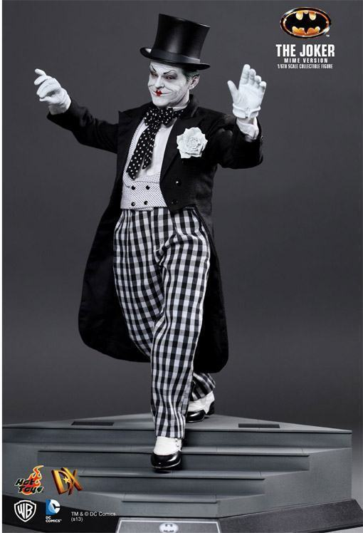The-Joker-Mime-Hot-Toys-08
