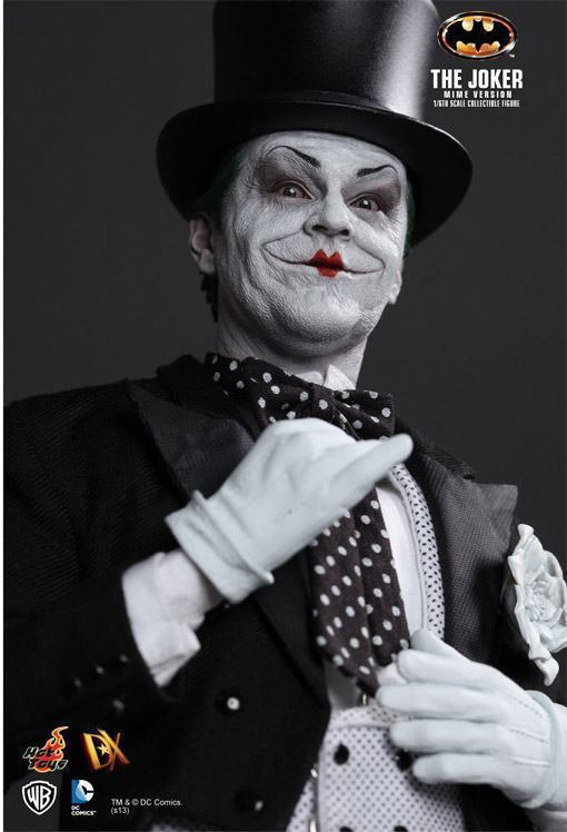 The-Joker-Mime-Hot-Toys-09