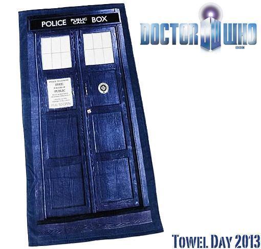 Toalha-TARDIS-Doctor-Who-Dia-da-Toalha