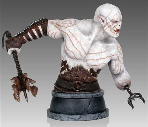 Azog-Mini-Bust-Hobbit-GentleGiant-02
