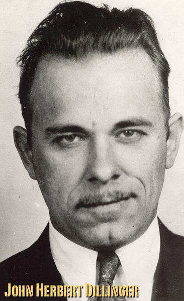 Chicago-Gangster-1930-DiD-John-Dillinger