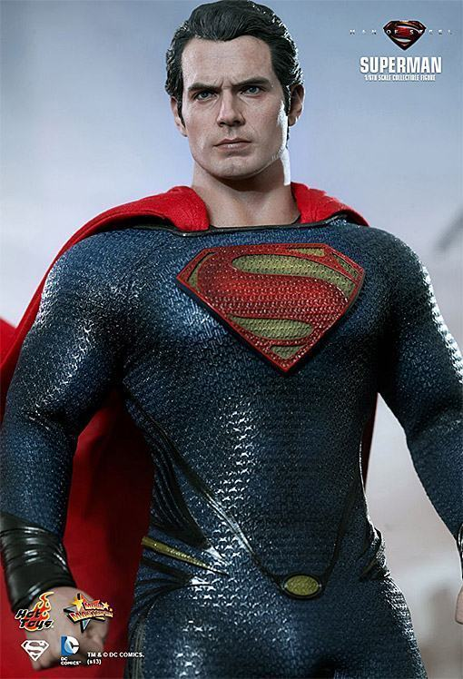 Man-of-Steel-Superman-Hot-Toys-10