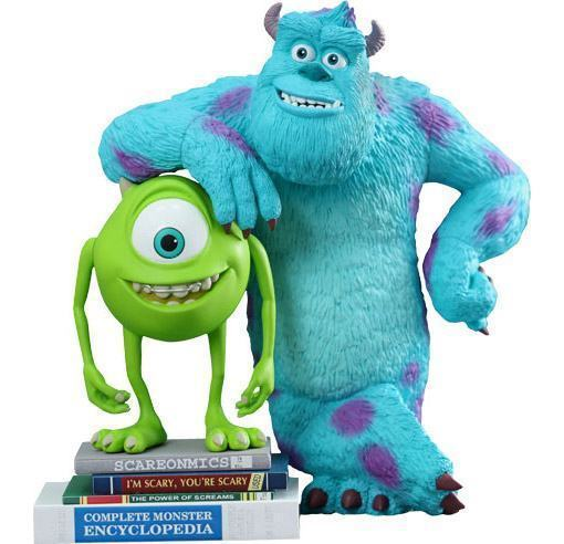 Mike-and-Sulley-Monsters-University-MMSV07-Vinyl-Collectible-Set-02