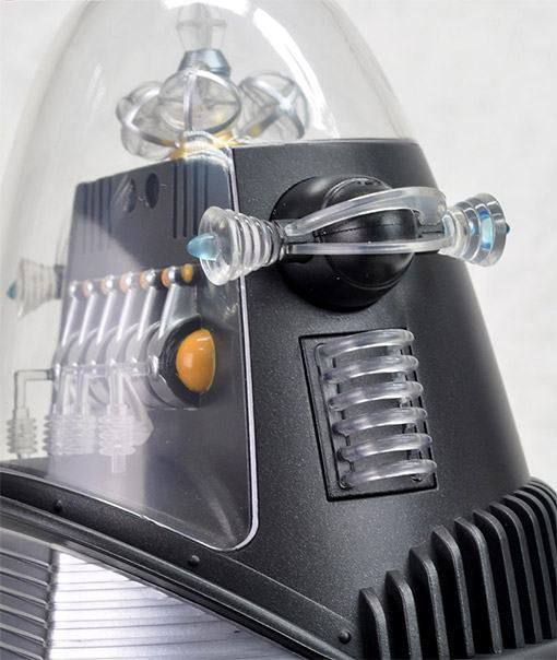Robby-the-Robot-Forbidden-Planet-12-Inch-Action-Figure-03