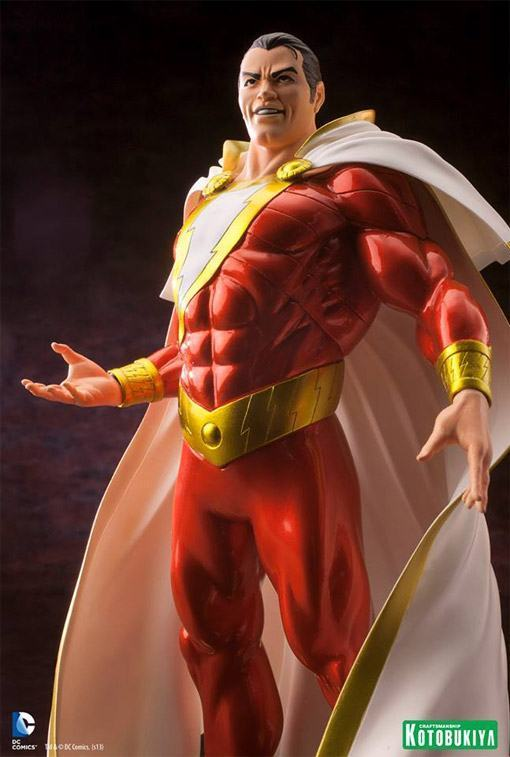 Shazam-New-52-ArtFX-plus-Statue-06