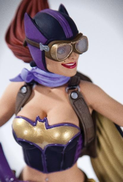 Batgirl-Bombshell-Estatua-02