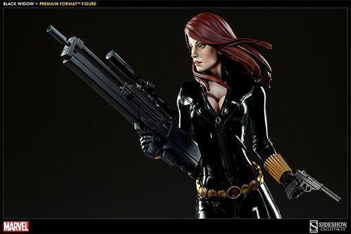 Black-Widow-Natasha-Romanova-Premium-Format-Figure-07