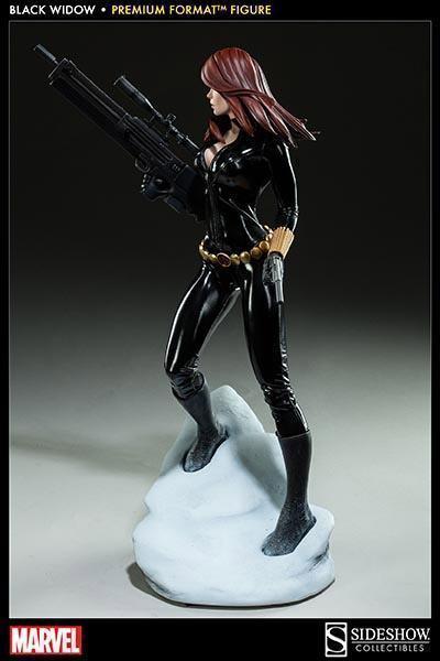 Black-Widow-Natasha-Romanova-Premium-Format-Figure-08