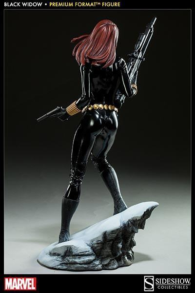 Black-Widow-Natasha-Romanova-Premium-Format-Figure-09