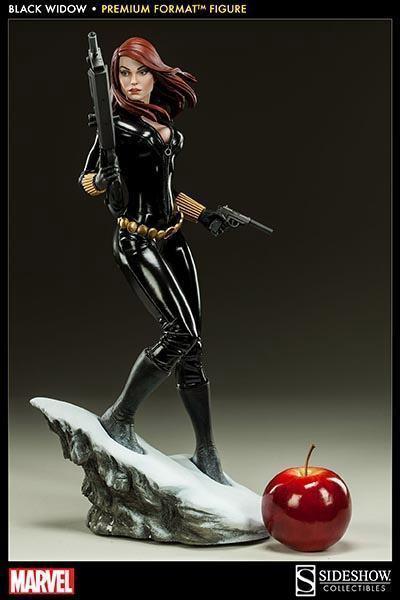 Black-Widow-Natasha-Romanova-Premium-Format-Figure-10