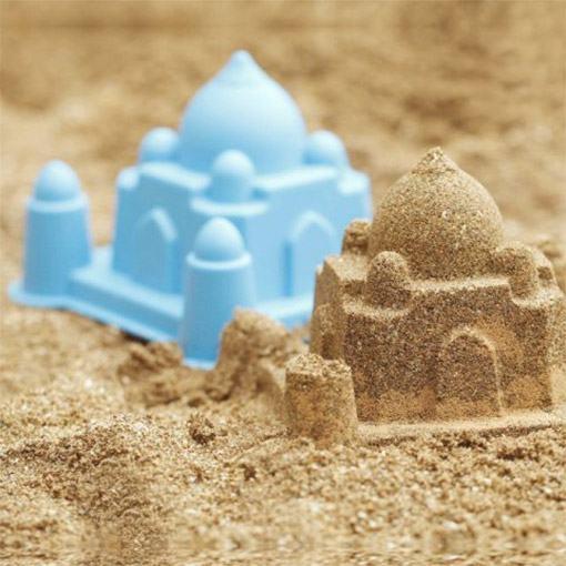 Castelos-de-Areia-World-Landmark-Architecture-Sand-Molds-02