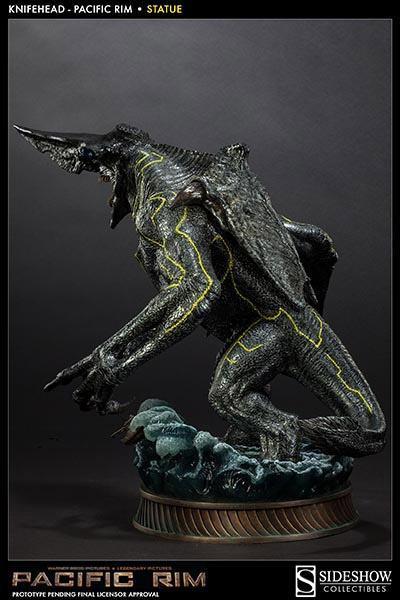 Knifehead-Pacific-Rim-Statue-Sideshow-07