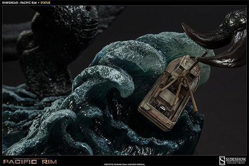 Knifehead-Pacific-Rim-Statue-Sideshow-08