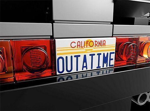 LEGO-DeLorean-time-machine-05