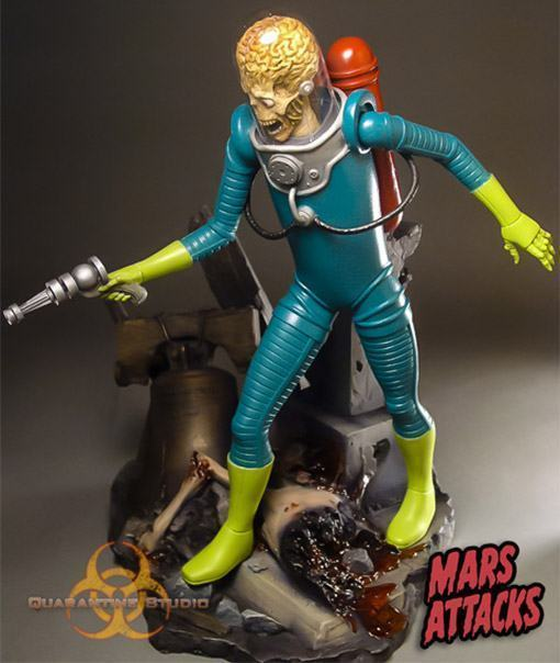 Mars-Attacks-Statue-Quarantine-03
