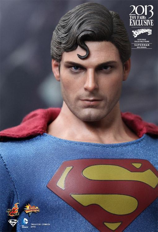 Superman-Evil-MMS207-Hot-Toys-03