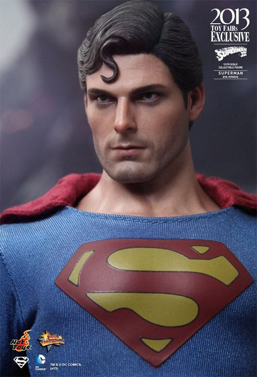 Superman-Evil-MMS207-Hot-Toys-05