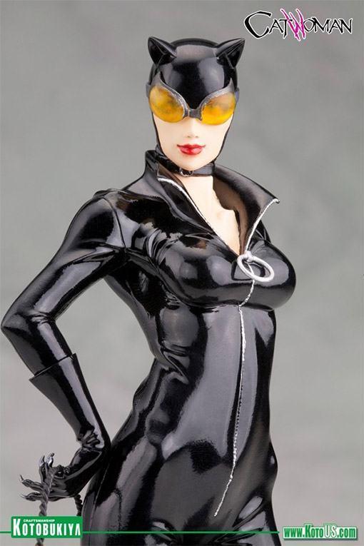 Catwoman-New-52-ArtFX-Statue-02