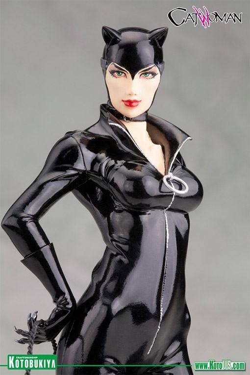 Catwoman-New-52-ArtFX-Statue-03