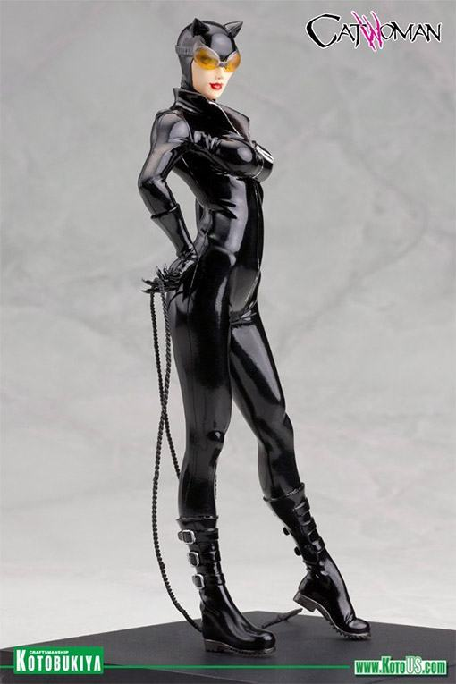 Catwoman-New-52-ArtFX-Statue-04
