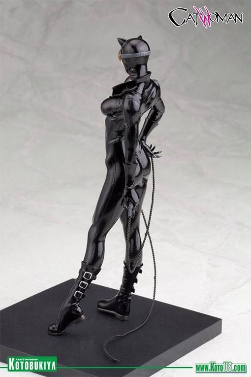 Catwoman-New-52-ArtFX-Statue-07