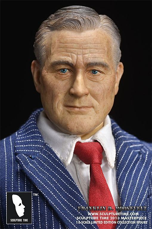 Franklin-D-Roosevelt-Masterpiece-Figure-03