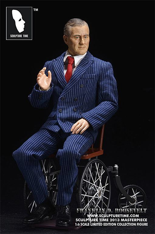 Franklin-D-Roosevelt-Masterpiece-Figure-06