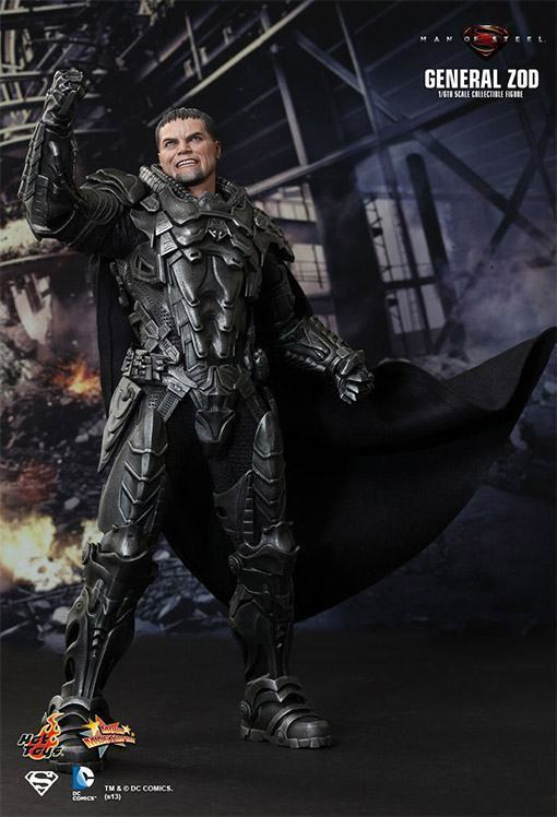 General-Zod-Hot-Toys-Action-Figure-08