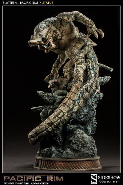 Slattern-Pacific-Rim-Statue-Sideshow-01