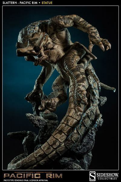 Slattern-Pacific-Rim-Statue-Sideshow-03