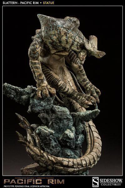 Slattern-Pacific-Rim-Statue-Sideshow-05