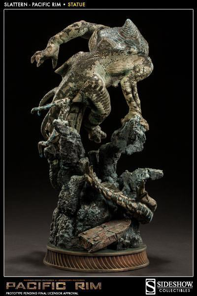 Slattern-Pacific-Rim-Statue-Sideshow-06
