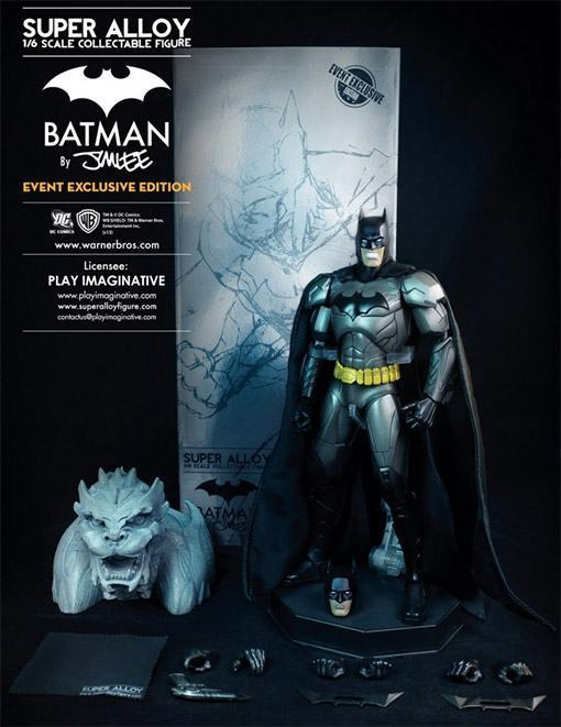 Super-Alloy-Batman-Diecast-Figure-01