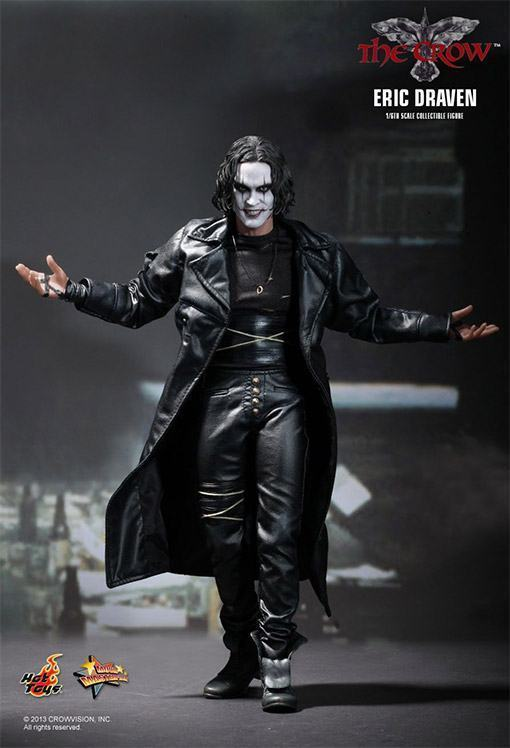 The-Crow-Eric-Draven-Collectible-Figure-01