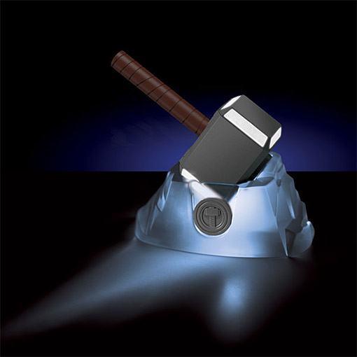 Thor-Lightning-Energy-Hammer-03