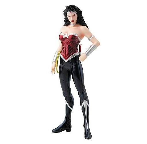 Wonder-Woman-New-52-ArtFX-07