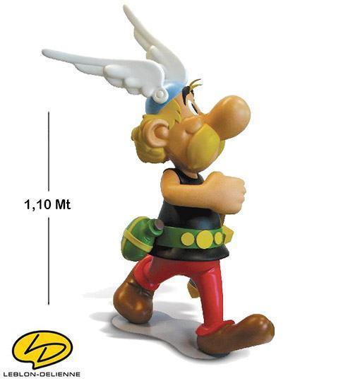 Asterix-Obelix-Echelle-1-Real-Size-03
